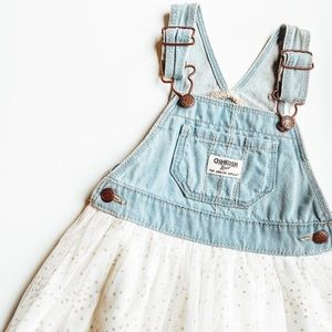 Overall dress with tulle